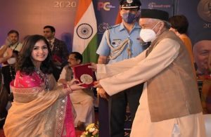Acneologist Dr Suyomi Shah bags the Champions of Change Awards